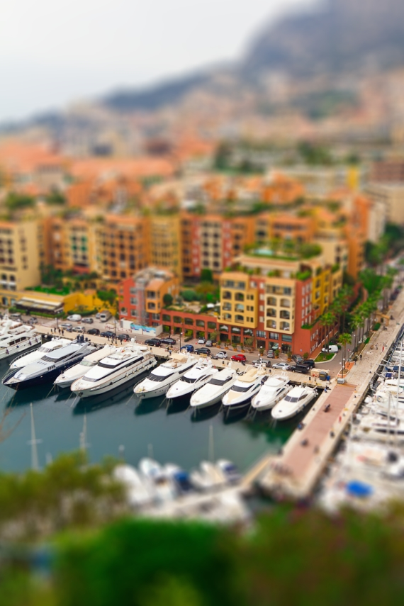 tilt and shift lens